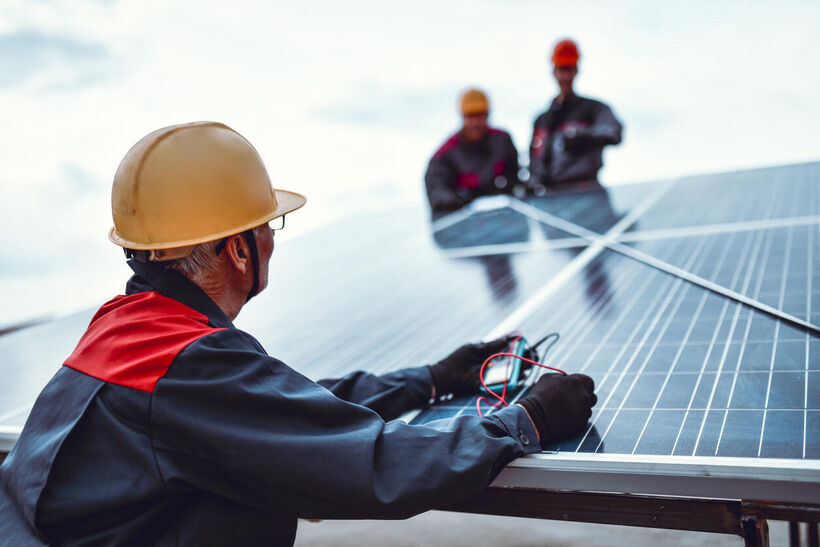 Zijn opruimingskosten van zonnepanelen na brand verzekerd?
